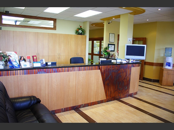 Our friendly and competent staff will welcome you at the front desk.